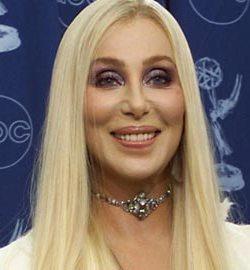 Cher: Se mira pero no se toca.