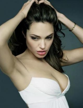 Angelina Jolie, la mejor paga de Hollywood.