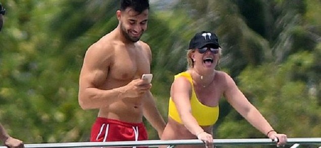 Britney Spears, ¿los paparazzi modifican sus fotos para que se vea gorda?