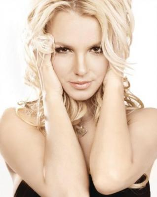 Britney vuelve a la cima.
