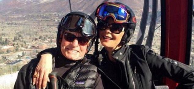 Catherine Zeta Jones y Michael Douglas celebran 16 años de matrimonio