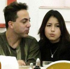 Cristian Castro y una nueva compañera.
