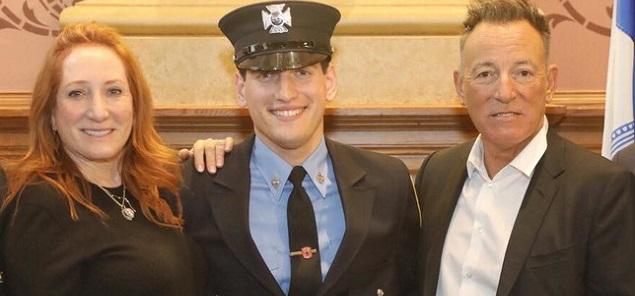 El hijo de Bruce Springsteen se convirtió en bombero