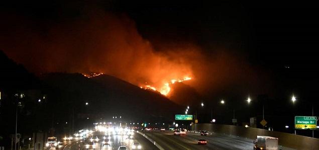Famosos desalojados por los incendios en California