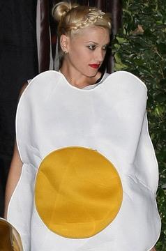 Gwen Stefani y un atuendo muy especial.