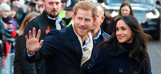 Harry y Meghan renuncian al estatus real, pero el Palacio de Buckingham pone un freno