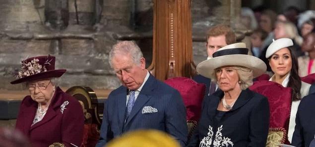 Isabel II, la ira de Camilla Parker: excluida del nuevo testamento