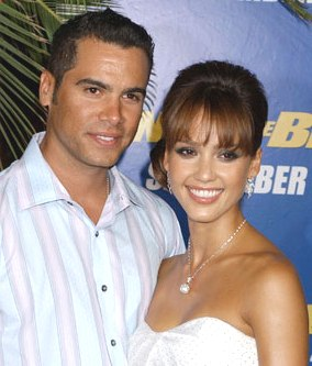 Se casaron Jessica Alba y Cash Warren.