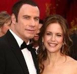 John Travolta fue padre.