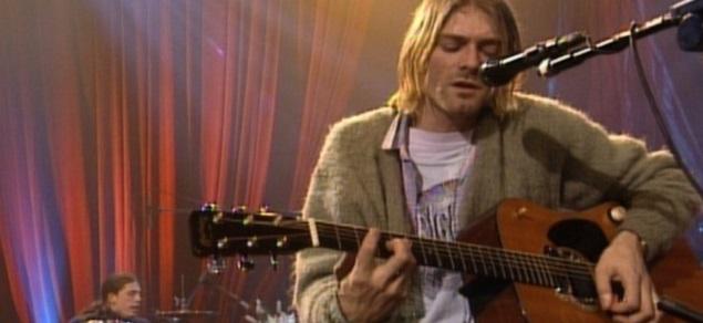 Kurt Cobain, subasta record por el cardigan usado durante su actuación en ''MTV Unplugged''