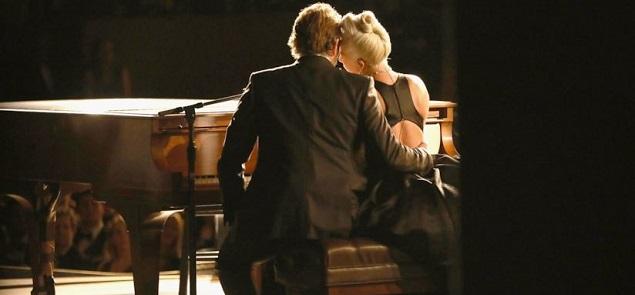Lady Gaga habla del feeling con Bradley Cooper: ''Fingíamos''