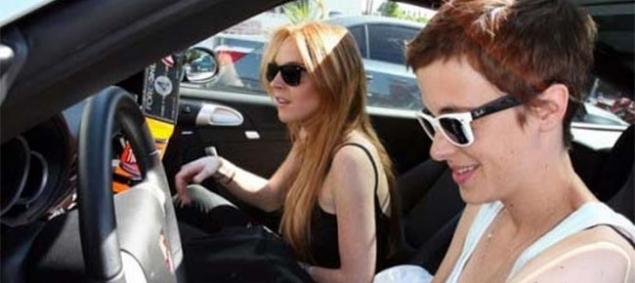 ¿Lindsay Lohan volvió con su novia?