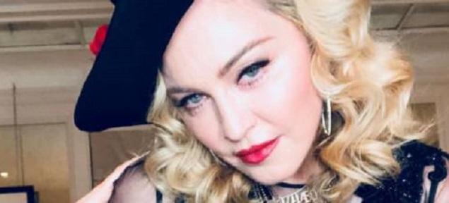 Lluvia de críticas para la hija de Madonna. La web: ''Córtate esos pelos''