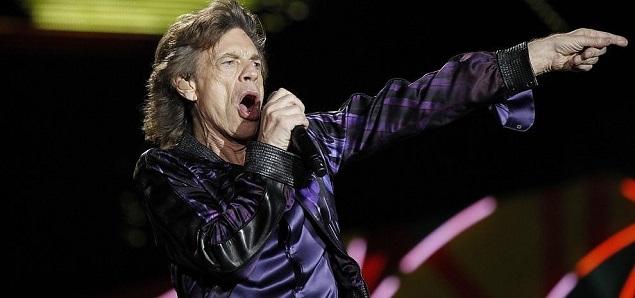 Mick Jagger sin los Rolling Stones canta la frustración de Inglaterra