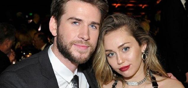 Miley Cyrus y Liam Hemsworth celebraron  años de amor