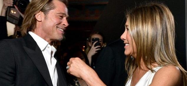 Porque Jennifer Aniston todavía usa el anillo de compromiso que le regaló Brad Pitt