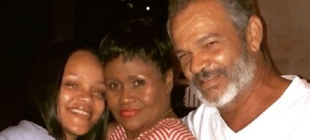 Rihanna demanda a su padre: esto es lo que sucedió