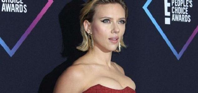 Scarlett Johansson perseguida por los paparazzi
