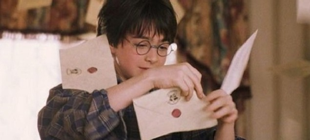 Subastan la carta original de Hogwarts para Harry Potter