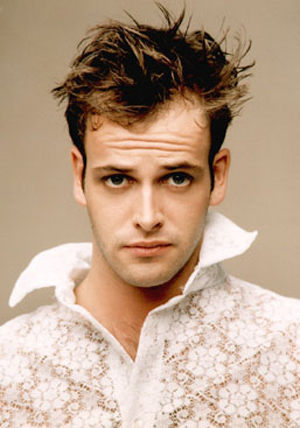 jonny lee miller jonnylmiller Fotos y videos de